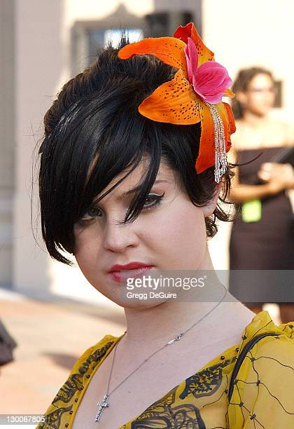 Kelly Osbourne during 2002 Creative Arts Emmy Awards Arrivals at Shrine Auditorium in Los Angeles California United States