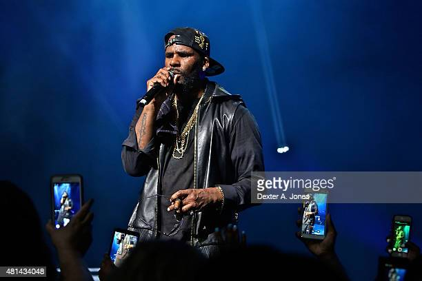 R Kelly performs at Foxwoods Resort Casino on July 19 2015 in Mashantucket Connecticut