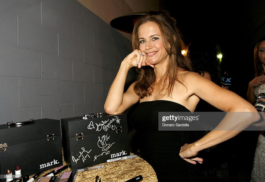 <a gi-track='captionPersonalityLinkClicked' href=/galleries/search?phrase=Kelly+Preston&family=editorial&specificpeople=159434 ng-click='$event.stopPropagation()'>Kelly Preston</a> with mark cosmetics during Movieline's Hollywood Life 8th Annual Young Hollywood Awards - Backstage and Audience at Music Box at The Fonda in Los Angeles, California, United States.