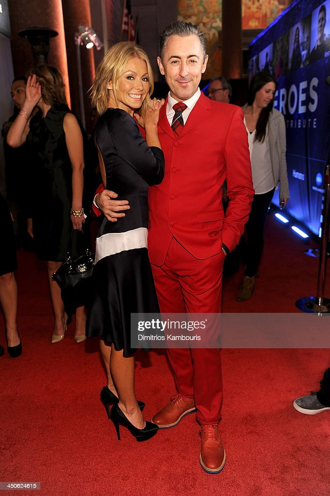 <a gi-track='captionPersonalityLinkClicked' href=/galleries/search?phrase=Kelly+Ripa&family=editorial&specificpeople=202134 ng-click='$event.stopPropagation()'>Kelly Ripa</a> and <a gi-track='captionPersonalityLinkClicked' href=/galleries/search?phrase=Alan+Cumming&family=editorial&specificpeople=202521 ng-click='$event.stopPropagation()'>Alan Cumming</a> attend 2013 CNN Heroes: An All Star Tribute at the American Museum of Natural History on November 19, 2013 in New York City. 24079_014_0644.JPG