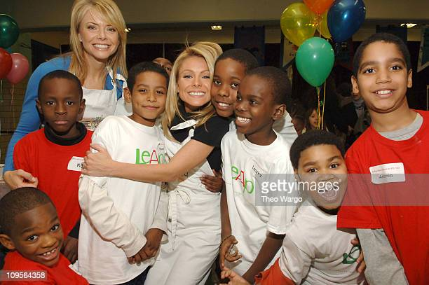 Kelly Ripa and Faith Ford with Children at PS163 in Manhattan to support The Great American Bake Sale