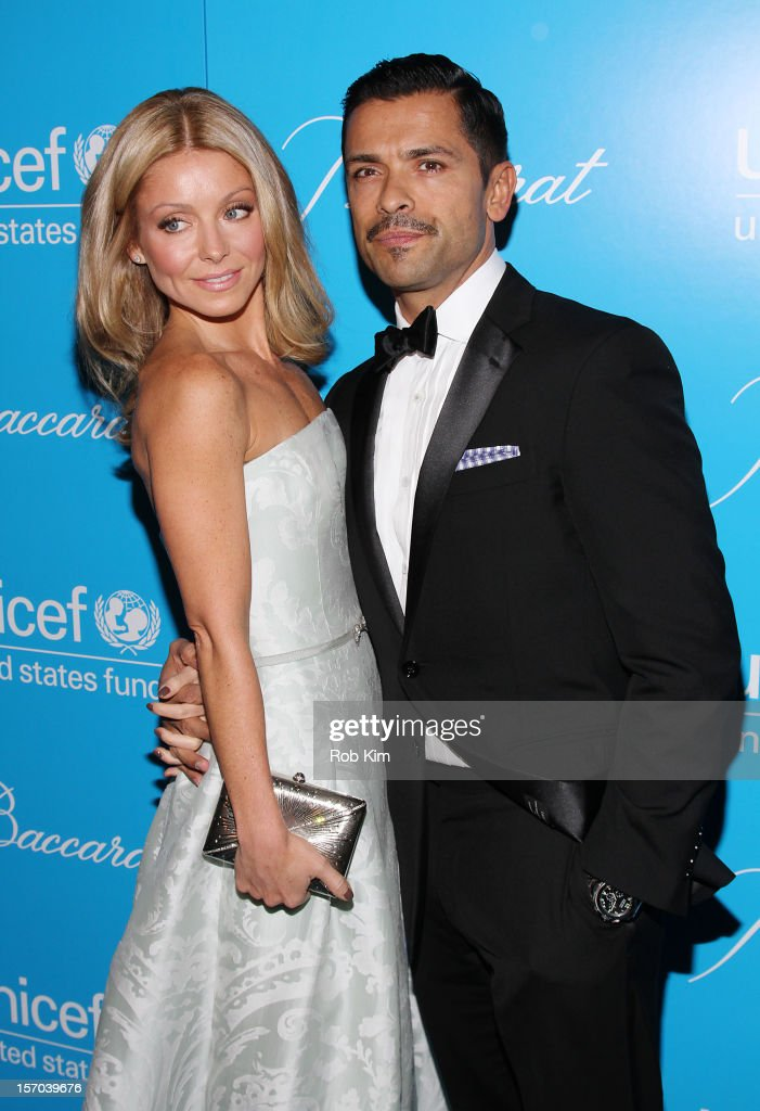 <a gi-track='captionPersonalityLinkClicked' href=/galleries/search?phrase=Kelly+Ripa&family=editorial&specificpeople=202134 ng-click='$event.stopPropagation()'>Kelly Ripa</a> and <a gi-track='captionPersonalityLinkClicked' href=/galleries/search?phrase=Mark+Consuelos&family=editorial&specificpeople=234398 ng-click='$event.stopPropagation()'>Mark Consuelos</a> attend the 2012 UNICEF Snowflake Ball at Cipriani 42nd Street on November 27, 2012 in New York City.