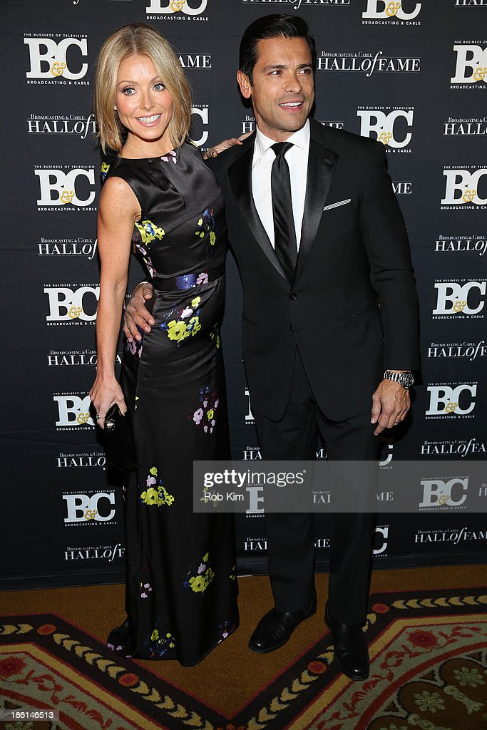 <a gi-track='captionPersonalityLinkClicked' href=/galleries/search?phrase=Kelly+Ripa&family=editorial&specificpeople=202134 ng-click='$event.stopPropagation()'>Kelly Ripa</a> and <a gi-track='captionPersonalityLinkClicked' href=/galleries/search?phrase=Mark+Consuelos&family=editorial&specificpeople=234398 ng-click='$event.stopPropagation()'>Mark Consuelos</a> attend the Broadcasting and Cable 23rd annual Hall of Fame Awards dinner at The Waldorf=Astoria on October 28, 2013 in New York City.