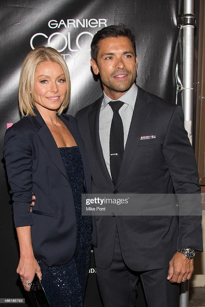<a gi-track='captionPersonalityLinkClicked' href=/galleries/search?phrase=Kelly+Ripa&family=editorial&specificpeople=202134 ng-click='$event.stopPropagation()'>Kelly Ripa</a> and <a gi-track='captionPersonalityLinkClicked' href=/galleries/search?phrase=Mark+Consuelos&family=editorial&specificpeople=234398 ng-click='$event.stopPropagation()'>Mark Consuelos</a> attend the Broadway opening night of 'Hedwig And The Angry Inch' at the Belasco Theatre on April 22, 2014 in New York City.