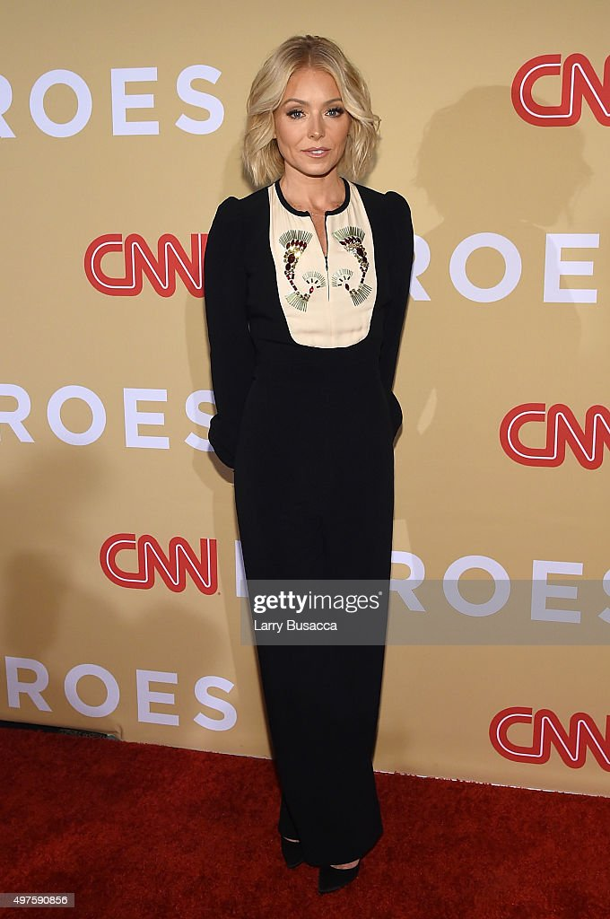 <a gi-track='captionPersonalityLinkClicked' href=/galleries/search?phrase=Kelly+Ripa&family=editorial&specificpeople=202134 ng-click='$event.stopPropagation()'>Kelly Ripa</a> attends the '2015 CNN Heroes: An All-Star Tribute' at American Museum of Natural History on November 17, 2015 in New York City.