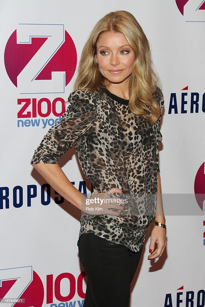 <a gi-track='captionPersonalityLinkClicked' href=/galleries/search?phrase=Kelly+Ripa&family=editorial&specificpeople=202134 ng-click='$event.stopPropagation()'>Kelly Ripa</a> attends Z100's Jingle Ball 2012 presented by Aeropostale at Madison Square Garden on December 7, 2012 in New York City.