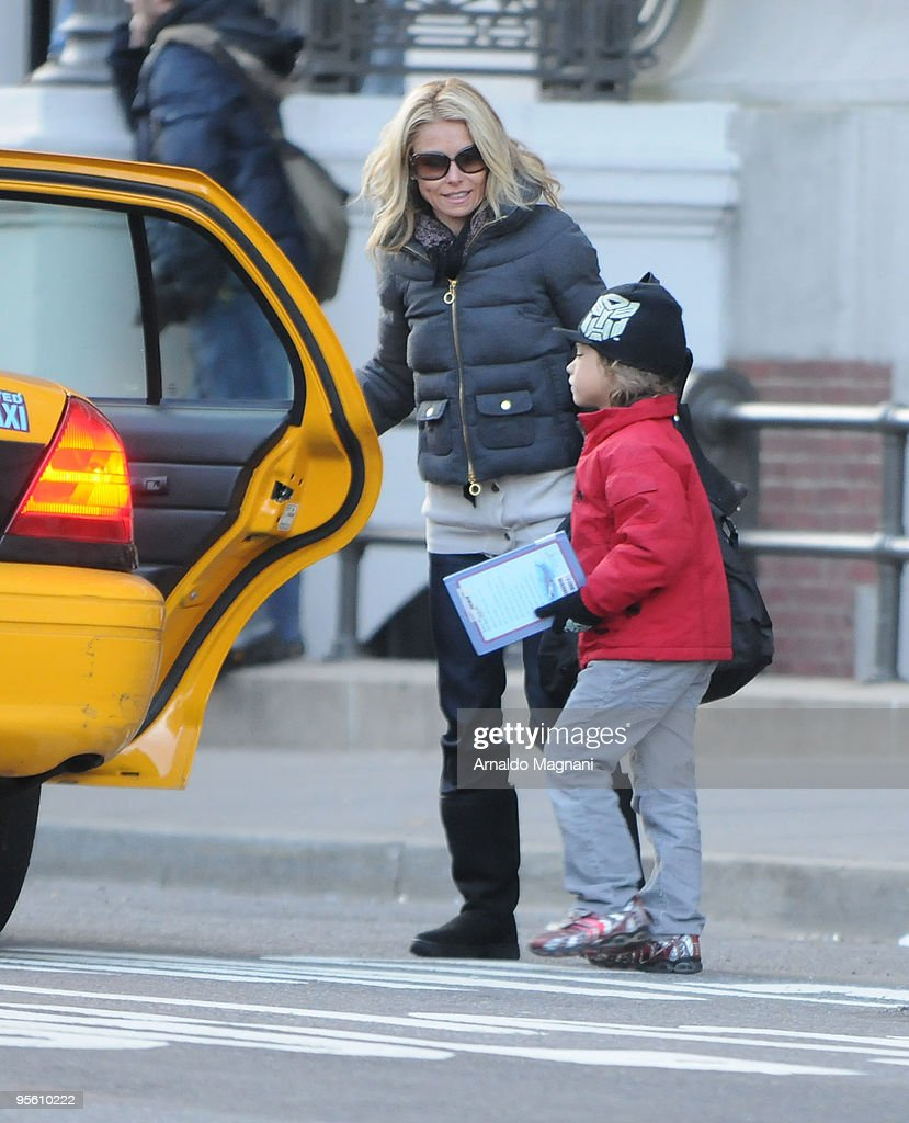 Kelly Ripa is seen with the child in Midtown January 6, 2009 in New York City.