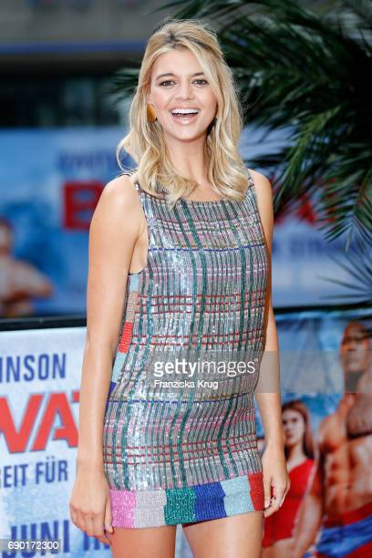 Kelly Rohrbach attends the 'Baywatch' Photo Call in Berlin on May 30 2017 in Berlin Germany