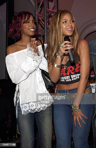 Kelly Rowland and Beyonce Knowles of Destiny's Child