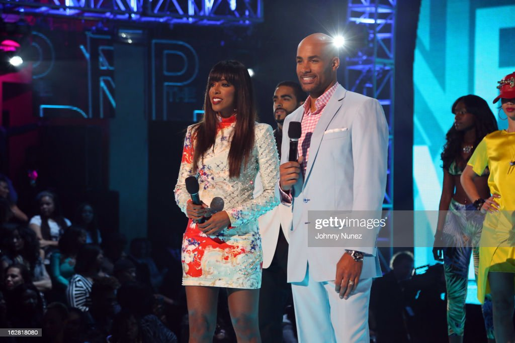 <a gi-track='captionPersonalityLinkClicked' href=/galleries/search?phrase=Kelly+Rowland&family=editorial&specificpeople=201760 ng-click='$event.stopPropagation()'>Kelly Rowland</a> and <a gi-track='captionPersonalityLinkClicked' href=/galleries/search?phrase=Boris+Kodjoe&family=editorial&specificpeople=240156 ng-click='$event.stopPropagation()'>Boris Kodjoe</a> host BET's Rip The Runway 2013 at Hammerstein Ballroom on February 27, 2013, in New York City.