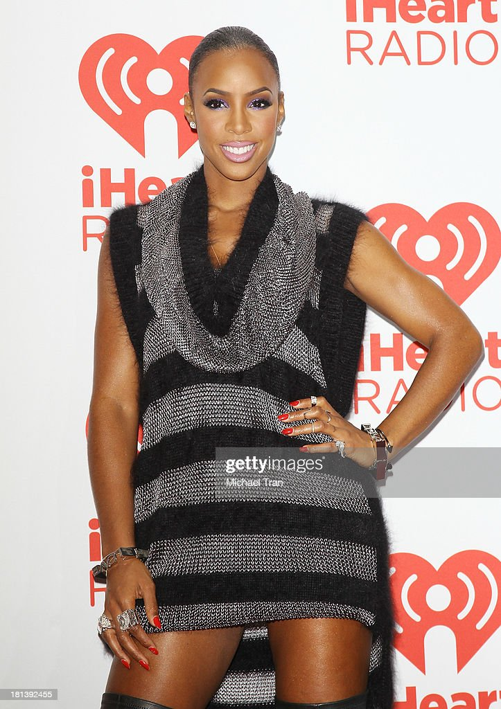 <a gi-track='captionPersonalityLinkClicked' href=/galleries/search?phrase=Kelly+Rowland&family=editorial&specificpeople=201760 ng-click='$event.stopPropagation()'>Kelly Rowland</a> arrives at the iHeartRadio Music Festival - press room held at MGM Grand Arena on September 20, 2013 in Las Vegas, Nevada.