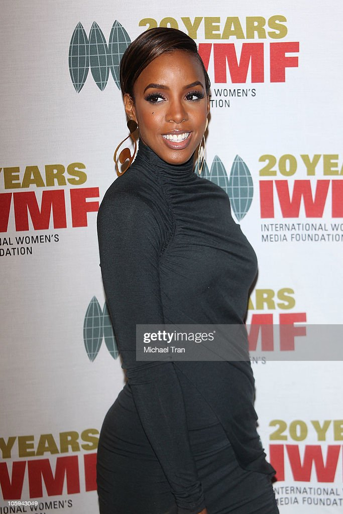 <a gi-track='captionPersonalityLinkClicked' href=/galleries/search?phrase=Kelly+Rowland&family=editorial&specificpeople=201760 ng-click='$event.stopPropagation()'>Kelly Rowland</a> arrives at The International Women's Media Foundation's 'Courage In Journalism' awards held at Beverly Hills Hotel on October 21, 2010 in Beverly Hills, California.
