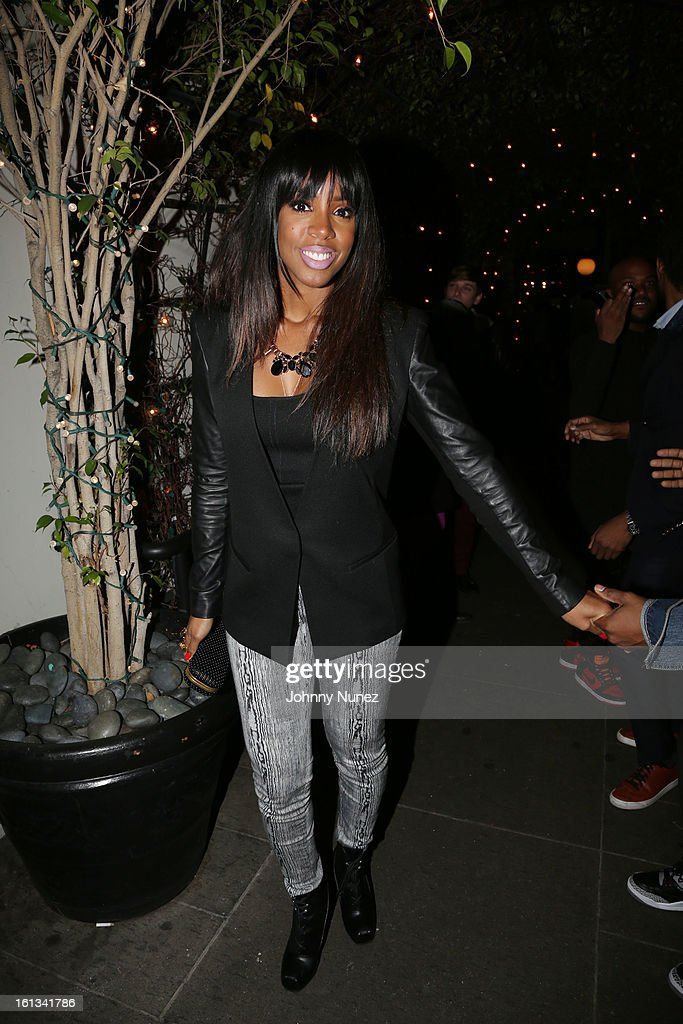<a gi-track='captionPersonalityLinkClicked' href=/galleries/search?phrase=Kelly+Rowland&family=editorial&specificpeople=201760 ng-click='$event.stopPropagation()'>Kelly Rowland</a> attend Compound Entertainment And Malibu Red GRAMMY Midnight Brunch 2013 at Bagatelle/STK on February 9, 2013 in West Hollywood, California.
