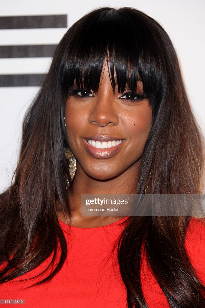 <a gi-track='captionPersonalityLinkClicked' href=/galleries/search?phrase=Kelly+Rowland&family=editorial&specificpeople=201760 ng-click='$event.stopPropagation()'>Kelly Rowland</a> attends the Republic Records post GRAMMY party held at The Emerson Theatre on February 10, 2013 in Hollywood, California.