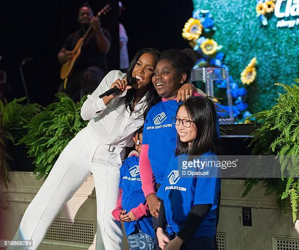 Kelly Rowland hosted by Claritin and the Boys Girls Clubs of America performs at PS 64 on March 21 2016 in New York City