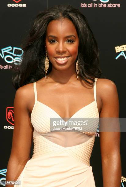 Kelly Rowland of Destiny's Child during 2006 BET Awards Arrivals at The Shrine in Los Angeles California United States