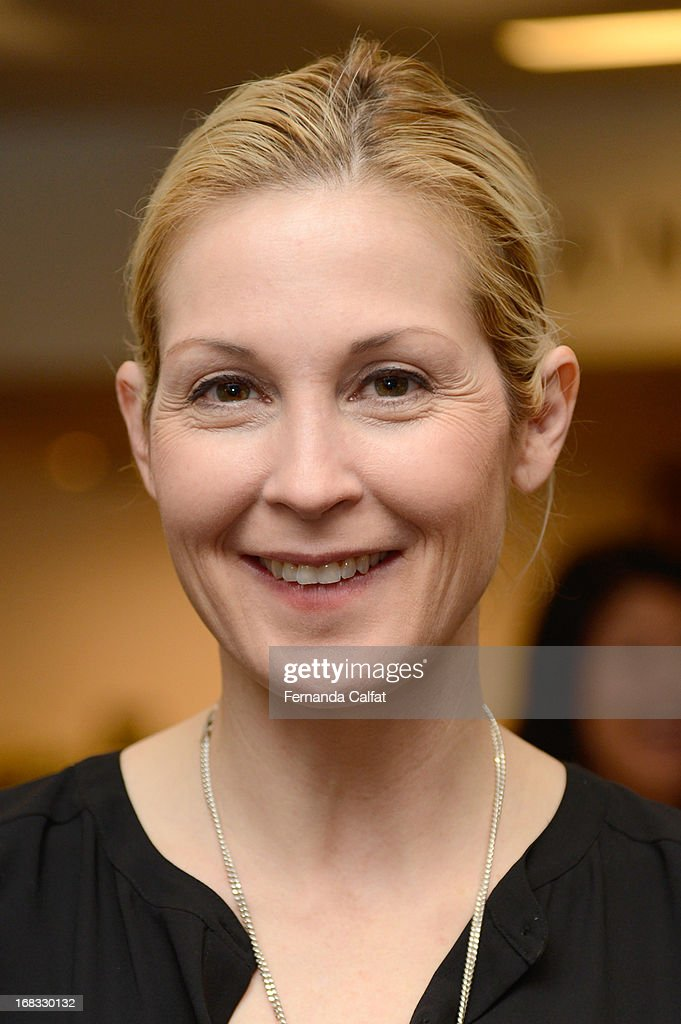 <a gi-track='captionPersonalityLinkClicked' href=/galleries/search?phrase=Kelly+Rutherford&family=editorial&specificpeople=217987 ng-click='$event.stopPropagation()'>Kelly Rutherford</a> attends the NYDJ Shop Opening Celebration at Bloomingdales at Bloomingdale's 59th Street Store on May 8, 2013 in New York City.