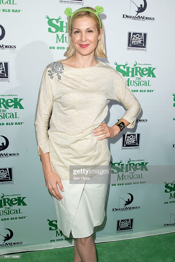 Kelly Rutherford attends the release party for 'Shrek: The Musical' Blue-Ray and DVD on October 15, 2013 in New York, United States.