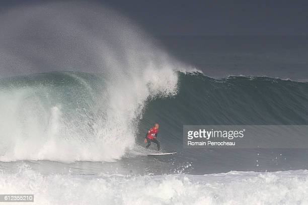 Kelly Slater in action during the first round of the Quiksilver Pro of Surfing at plage des culs nus on October 4 2016 in Hossegor France