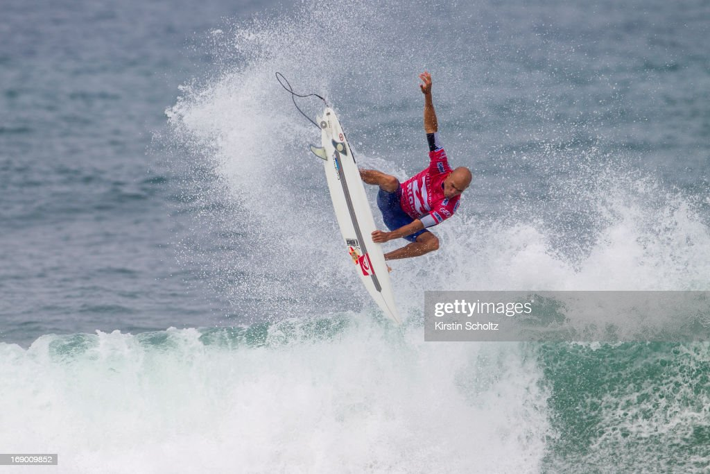 <a gi-track='captionPersonalityLinkClicked' href=/galleries/search?phrase=Kelly+Slater&family=editorial&specificpeople=207101 ng-click='$event.stopPropagation()'>Kelly Slater</a> of the United States of America surfs during round three during the Billabong Rio Pro on May 18, 2013 in Rio de Janeiro, Brazil.