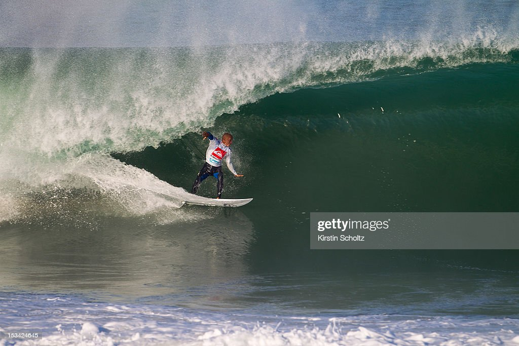 <a gi-track='captionPersonalityLinkClicked' href=/galleries/search?phrase=Kelly+Slater&family=editorial&specificpeople=207101 ng-click='$event.stopPropagation()'>Kelly Slater</a> of the United States of America surfs inside a barrel to win the Quiksilver Pro France on October 5, 2012 in Hossegor, France.