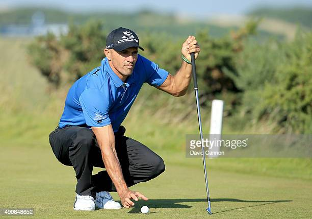 Kelly Slater of the United States the champion professional surfer in action during final practice for the 2015 Alfred Dunhill Links Championship at...