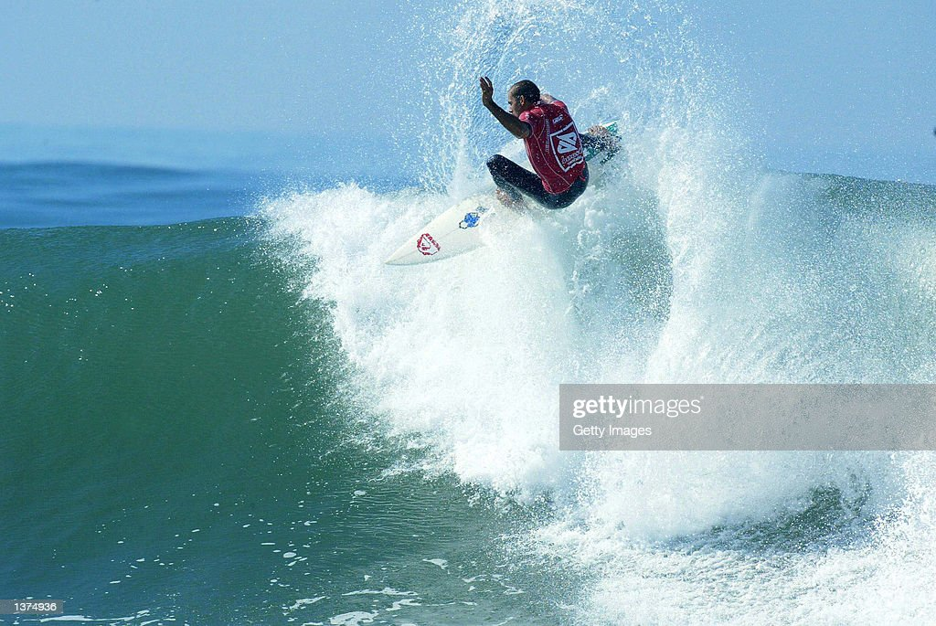 Kelly Slater of the USA in action during round three of the Boost Mobile Pro at Lower Trestles San Clemente USA on September 9 2002 Slater defeated...
