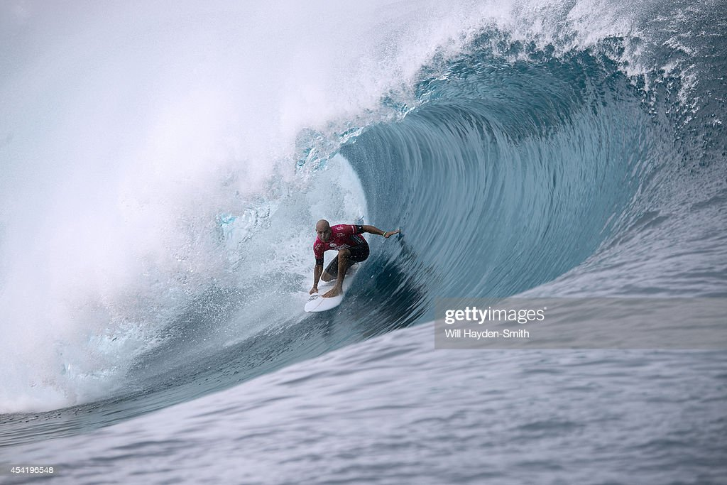 <a gi-track='captionPersonalityLinkClicked' href=/galleries/search?phrase=Kelly+Slater&family=editorial&specificpeople=207101 ng-click='$event.stopPropagation()'>Kelly Slater</a> of USA during the Billabong Pro Tahiti on August 25, 2014 in Teahupo'o, Tahiti, French Polynesia.