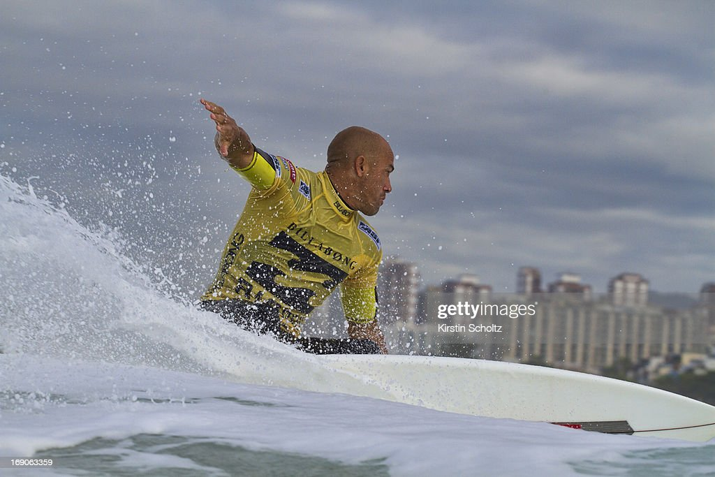 <a gi-track='captionPersonalityLinkClicked' href=/galleries/search?phrase=Kelly+Slater&family=editorial&specificpeople=207101 ng-click='$event.stopPropagation()'>Kelly Slater</a> surfs during the Billabong Rio Pro on May 19, 2013 in Rio de Janeiro, Brazil.