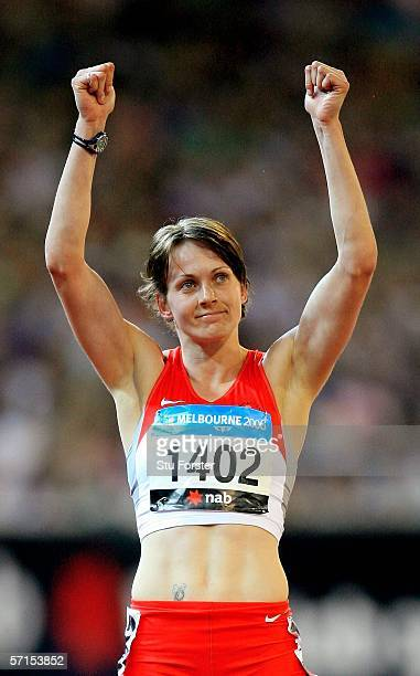 Kelly Sotherton of England celebrates winning the Heptathlon after the 800 metre at the athletics during day seven of the Melbourne 2006 Commonwealth...