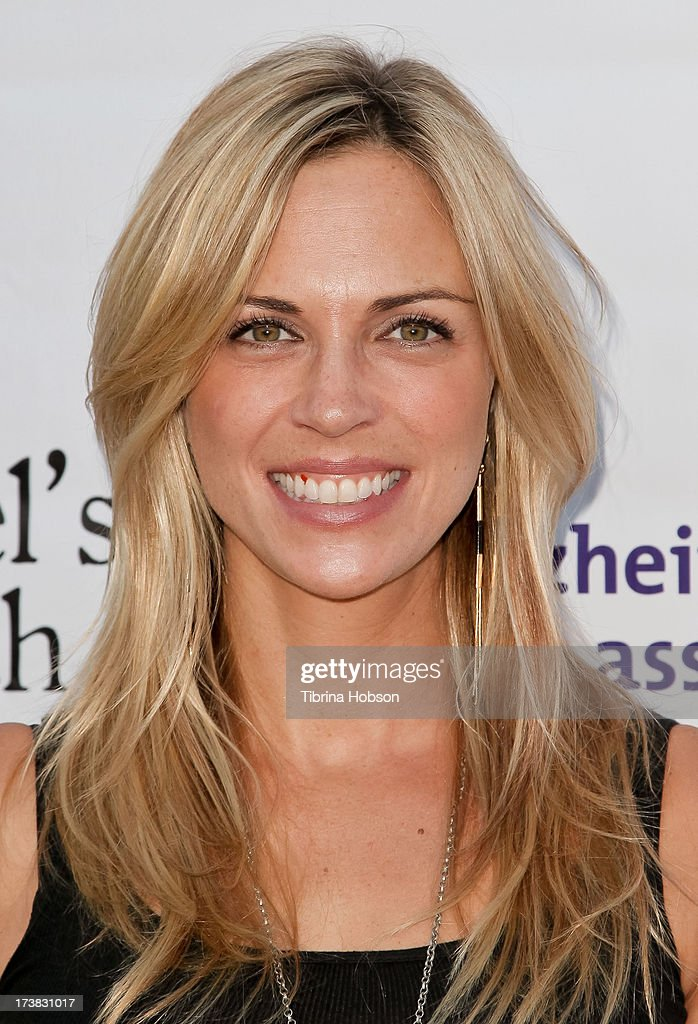 Kelly Sullivan attends the Alzheimer's Association and Scrappy Cat Productions premiere of 'Angel's Perch' at Laemmles Royal Theatre on July 17, 2013 in Los Angeles, California.