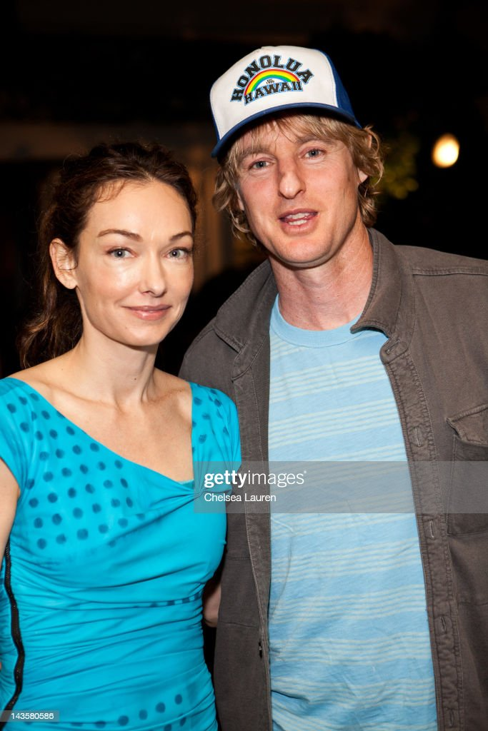 Kelly Wearstler (L) and actor Owen Wilson attend Jeffrey Deitch and Kelly Wearstler host dinner celebrating MOCA exhibition, 'The Painting Factory: Abstraction After Warhol' at The Wearstler residence on April 28, 2012 in Beverly Hills, California.