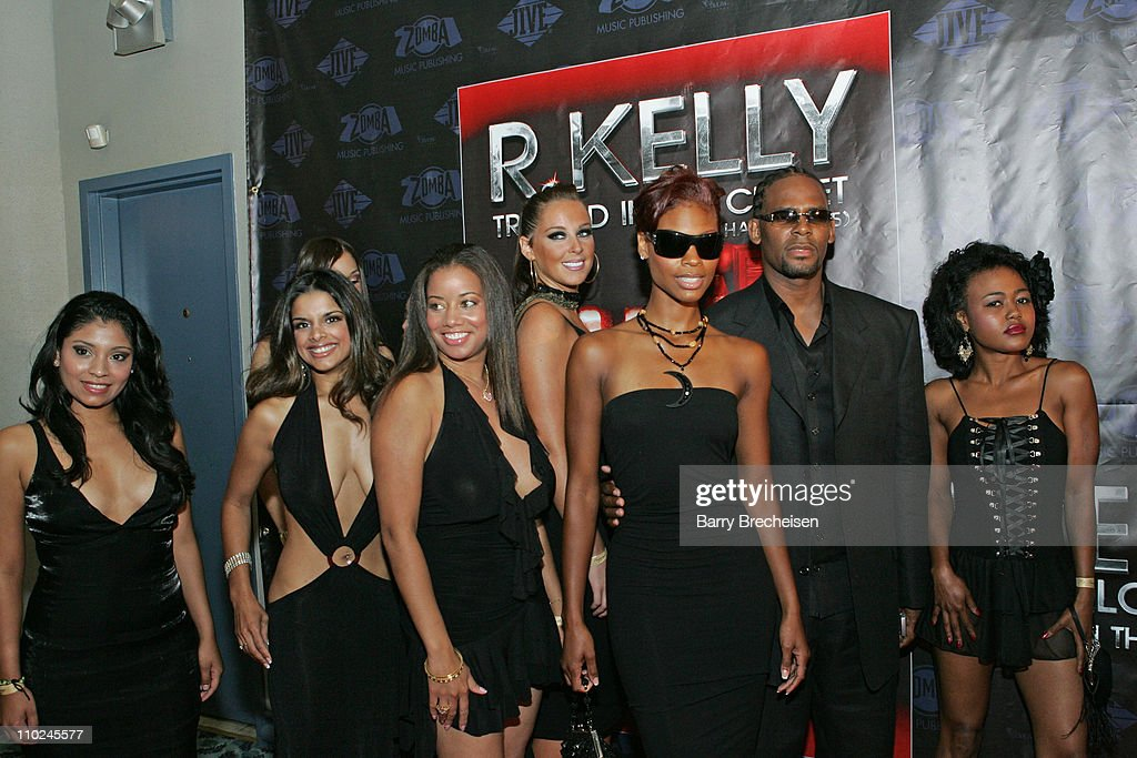 R. Kelly With Cat Wilson And Guests During R. Kellyu0027s U0027Trapped In The