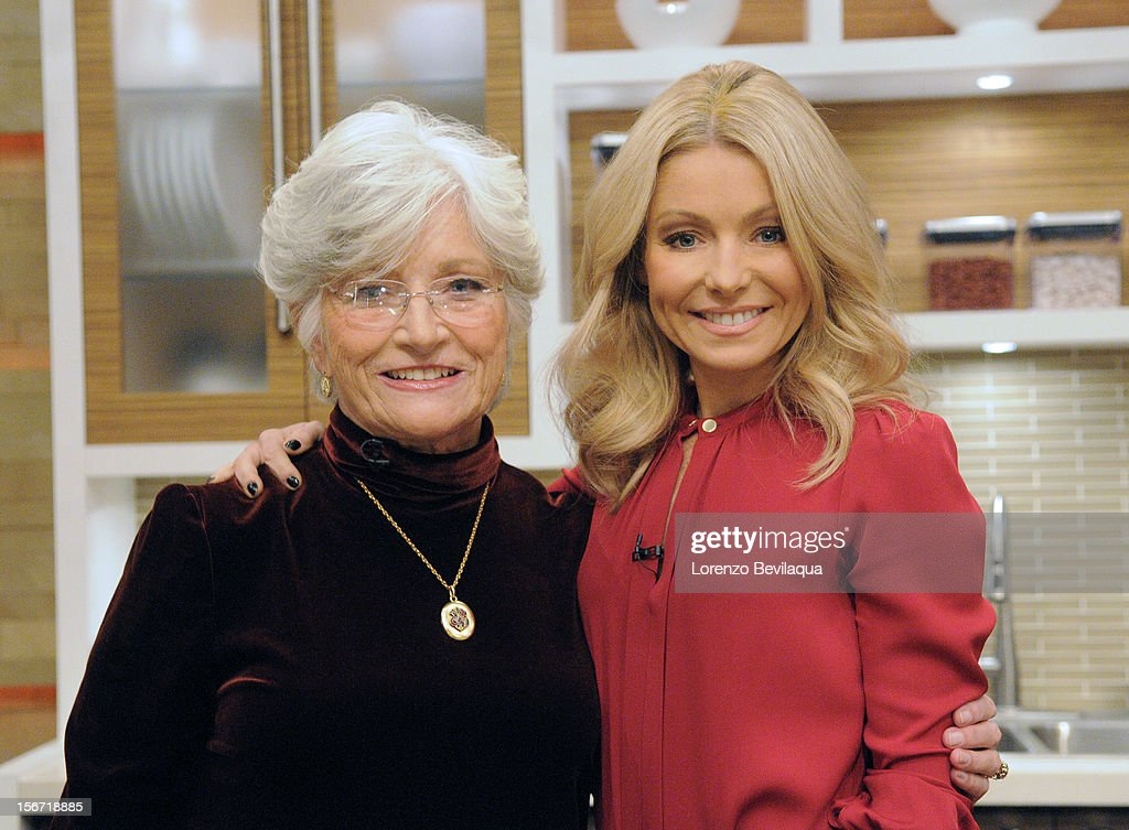 MICHAEL -11/16/12 - Kelly's mother-in-law, Camilla Consuelos, gets into the kitchen as 'LIVE' wraps up 'Thanksgiving Family Recipe Week' on the newly-rechristened syndicated talk show, LIVE with Kelly and Michael,' distributed by Disney-ABC Domestic Television. RIPA