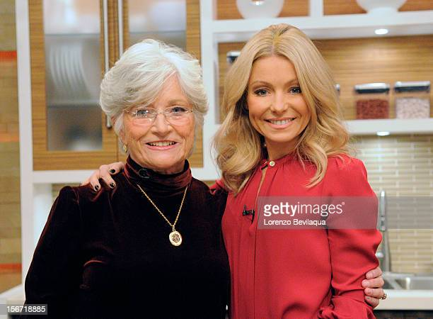 MICHAEL 11/16/12 Kelly's motherinlaw Camilla Consuelos gets into the kitchen as 'LIVE' wraps up 'Thanksgiving Family Recipe Week' on the...