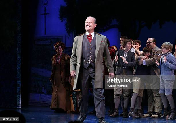 Kelsey Grammer and cast during the Broadway Opening Night Performance curtain call for 'Finding Neverland' at The LuntFontanne Theatre on April 15...