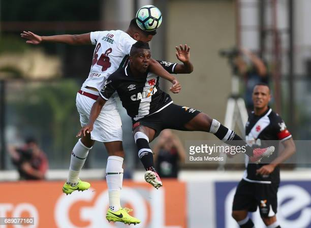 Kelvin of Vasco struggles for the ball with Nogueira of Fluminense during a match between Vasco and Fluminense part of Brasileirao Series A 2017 at...
