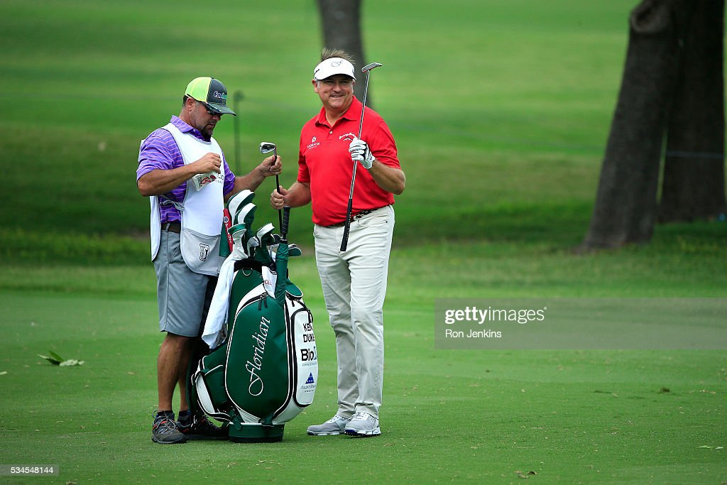 <a gi-track='captionPersonalityLinkClicked' href=/galleries/search?phrase=Ken+Duke&family=editorial&specificpeople=2551619 ng-click='$event.stopPropagation()'>Ken Duke</a> is seen with his caddie on the ninth hole during the First Round of the DEAN & DELUCA Invitational at Colonial Country Club on May 26, 2016 in Fort Worth, Texas.