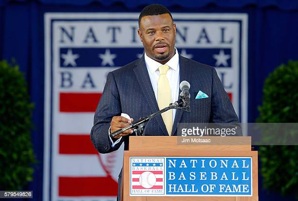 Ken Griffey Jr gives his induction speech at Clark Sports Center during the Baseball Hall of Fame induction ceremony on July 24 2016 in Cooperstown...