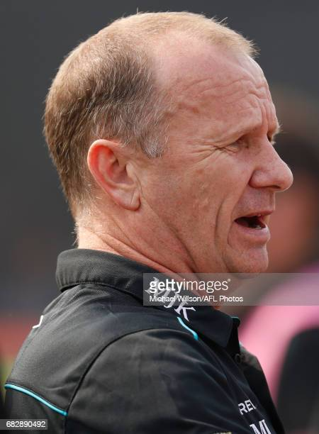 Ken Hinkley Senior Coach of the Power addresses his players during the 2017 AFL round 08 match between the Gold Coast Suns and Port Adelaide Power at...