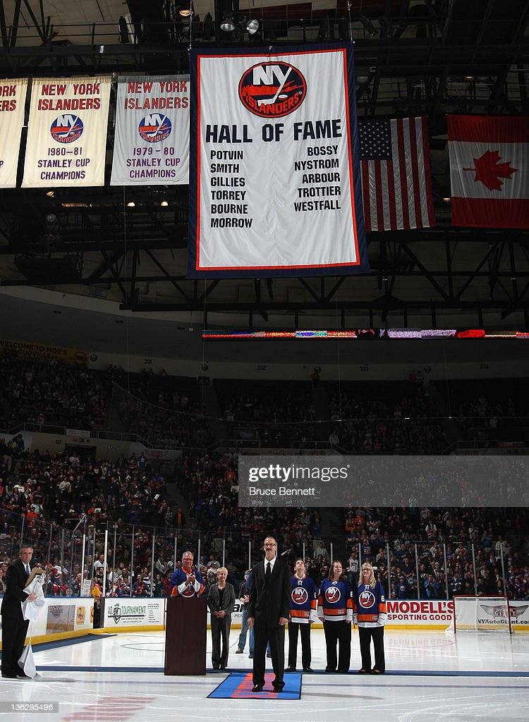 Ken Morrow joins the New York Islanders Hall of Fame prior to the game between the New York Islanders and the Edmonton Oilers at the Nassau Veterans Memorial Coliseum on December 31, 2011 in Uniondale, New York.
