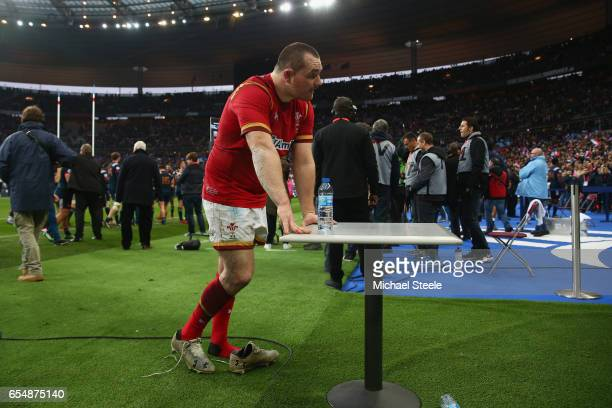 Ken Owens of Wales is dejected after his sides 1820 defeat during the RBS Six Nations match between France and Wales at Stade de France on March 18...