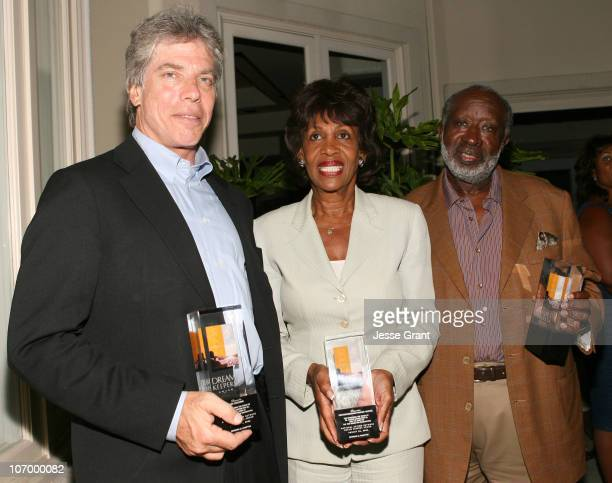 Ken Sunshine Congresswoman Maxine Waters and Clarence Avant