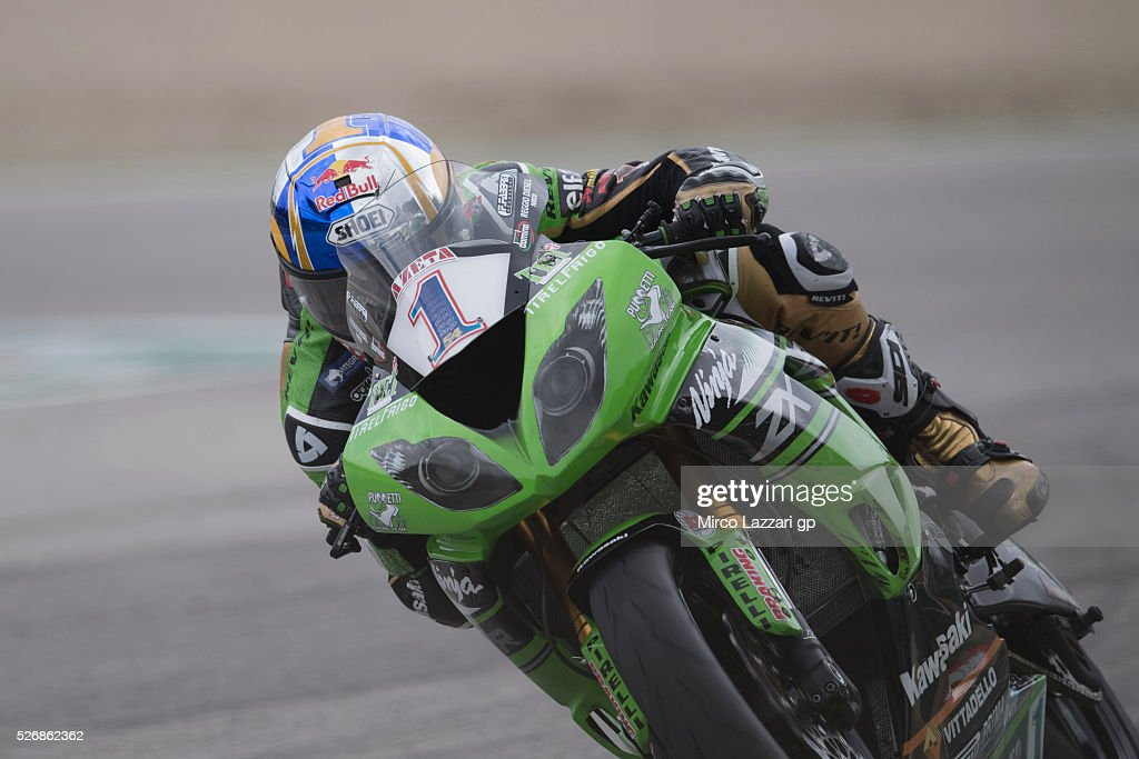 Kenan Sofuoglu of Turkey and Kawasaki Puccetti Racing heads down a straight during the Supersport race during the World Superbikes - Race at Enzo & Dino Ferrari Circuit on May 10, 2015 in Imola, Italy.