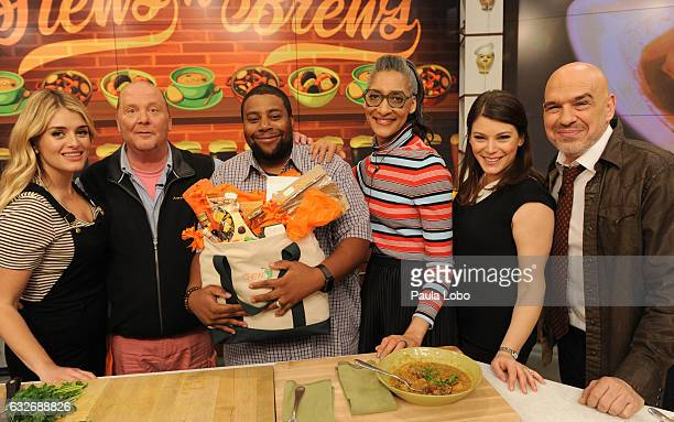 THE CHEW Kenan Thompson is the guest Thursday January 26 2017 on ABC's 'The Chew' 'The Chew' airs MONDAY FRIDAY on the ABC Television Network SYMON