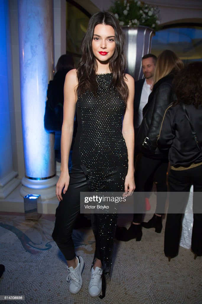 <a gi-track='captionPersonalityLinkClicked' href=/galleries/search?phrase=Kendall+Jenner&family=editorial&specificpeople=2786662 ng-click='$event.stopPropagation()'>Kendall Jenner</a> attends the Editorialist Spring/Summer 2016 Issue Launch Party at the Hotel Peninsula as part of the Paris Fashion Week Womenswear Fall/Winter 2016/2017 on March 7, 2016 in Paris, France.
