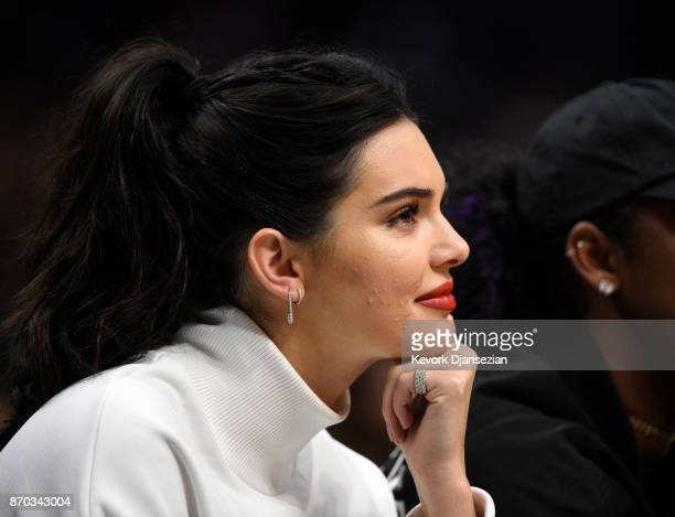 Kendall Jenner attends the Los Angeles Clippers and Memphis Grizzlies basketball game at Staples Center November 4 2017 in Los Angeles California