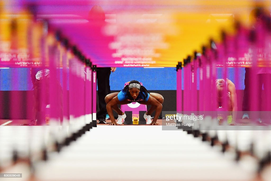 Kendra Harrison of the United States prepares to compete in the Women's 100 metres hurdles semi finals during day eight of the 16th IAAF World Athletics Championships London 2017 at The London Stadium on August 11, 2017 in London, United Kingdom.