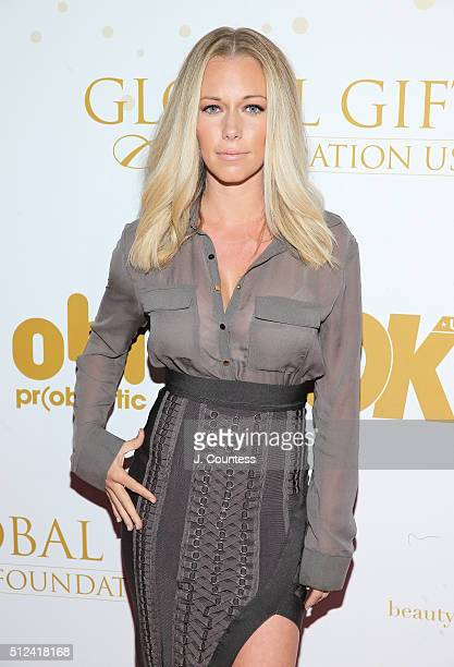 Kendra Wilkinson attends OK Magazine's PreOscar Party In Support Of Global Gift Foundation at Beso on February 25 2016 in Hollywood California