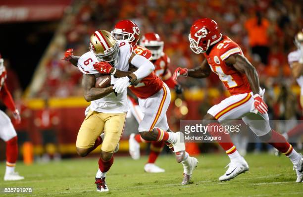 Kendrick Bourne of the San Francisco 49ers makes a reception during the game against the Kansas City Chiefs at Arrowhead Stadium on August 11 2017 in...